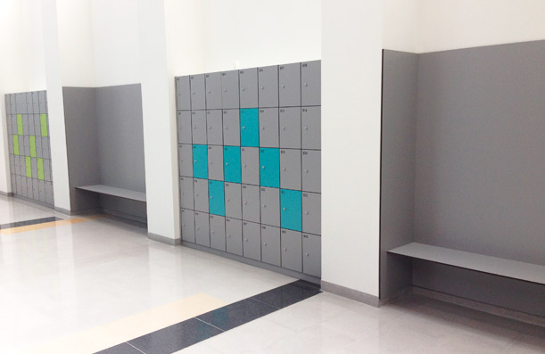Lockers, benches and walls Trespa coverings. Central Hospital, HUCA. Oviedo.